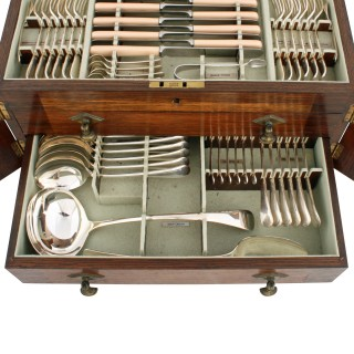 112 Piece Sheffield Canteen of Cutlery
