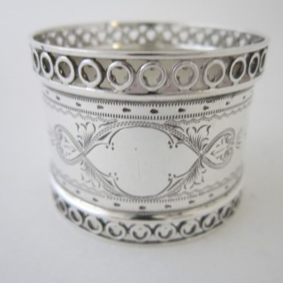 Antique Edwardian Sterling silver napkin ring