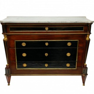 A FINE RUSSIAN NEO-CLASSICAL COMMODE