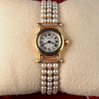 Cartier Diabolo 18 Karat Gold Ladies Watch with Pearl and Diamond Bracelet