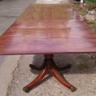 Early 19th Century George III Period Antique Three Pedestal Dining Table