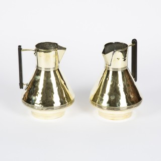JUGS BY FEARNCOMBE & CO