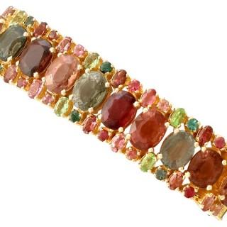96.65 ct Tourmaline and Peridot, 18 ct Yellow Gold Bracelet - Vintage Circa 1980