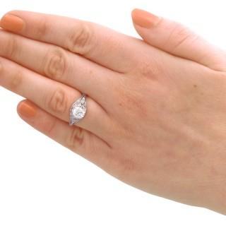 1.01 ct Diamond and Platinum Solitaire Ring - Vintage Circa 1940s
