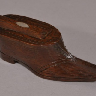 Antique Treen 19th Century Oak Snuff Shoe