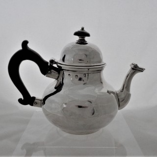 Fine and rare Queen Anne Britannia silver pear shaped teapot London 1709 William Fawdrey