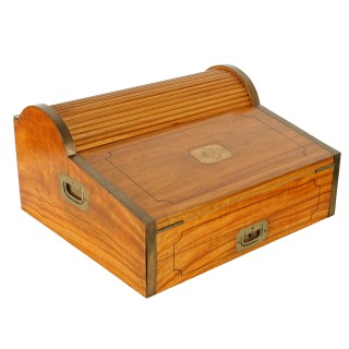 Chinese Camphor Campaign Travelling Desk
