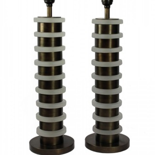 A PAIR OF ART DECO STYLE TABLE LAMPS