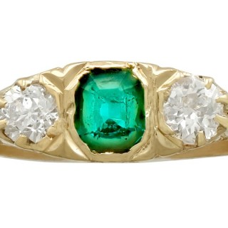 0.44 ct Emerald and 0.42 ct Diamond, 18 ct Yellow Gold Ring - Antique Circa 1910
