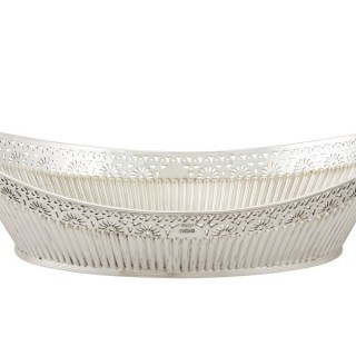 Sterling Silver Bread Dish - Antique Victorian (1900)