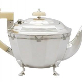 Sterling Silver Teapot by Viner's Ltd - Art Deco - Antique George V (1935)