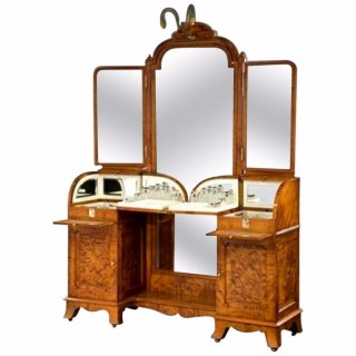 Antique Superb Exhibition Quality Silver Fitted Dressing Table