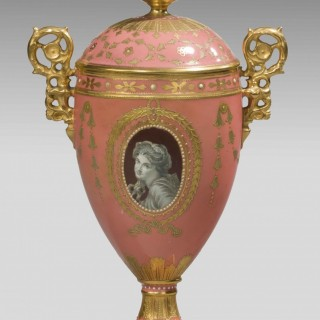 A Fine 19th Century Derby Lidded Vase