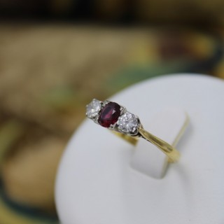 A very fine 18ct Yellow Gold & Platinum (marked) Three Stone Ruby & Diamond Ring Circa 1950