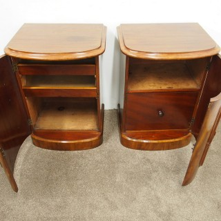 Pair of Victorian Bow Fronted Bedsides or Pedestals