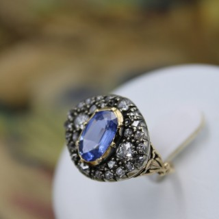A very fine Georgian/ Victorian Sapphire & Diamond Cluster Ring in 18ct Yellow Gold & Silver.