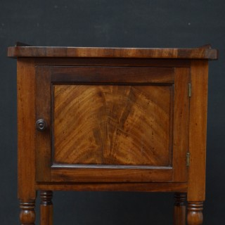 Regency Bedside Cabinet in Mahogany