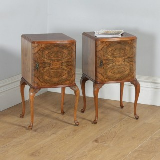 Antique English Pair of Queen Anne Style Burr Walnut Bow Front Bedside Cabinet Nightstands (Circa 1920)
