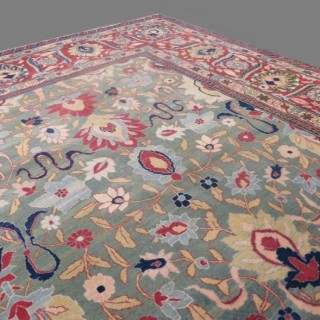Exceptional 19th century large Tabriz carpet