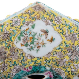 19th Century Chinese Cantonese Porcelain Garden Seat