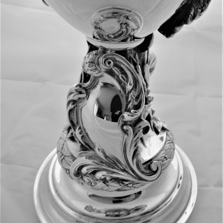 Super quality sterling silver cup and cover Birmingham 1913 Elkington & Co
