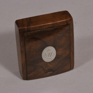 Antique Treen 19th Century Figured Walnut Pocket Snuff Box