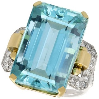28.80 ct Aquamarine and 0.66 ct Diamond, 18 ct Yellow and White Gold Cocktail Ring - Art Deco Style - Vintage Circa 1950