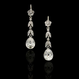 Edwardian Pair of Diamond and Platinum Earrings with foliate motifs and pear-shape drops