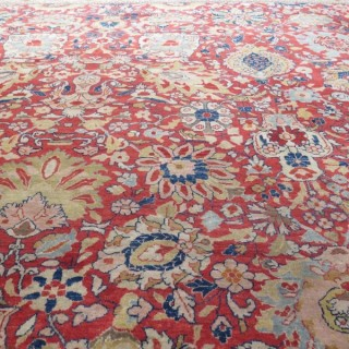Large c.1900's Sarouk carpet