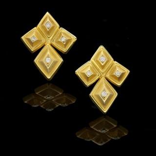 Ilias Lalaounis pair of 18ct Yellow Gold Geometric Earrings circa 1970
