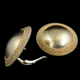 Ilias Lalaounis Stylish Pair of Hammered Gold Dome Earrings circa 1970