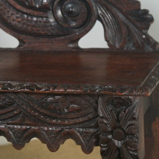 Antique English Victorian Gothic Carved Oak Hall / Window Bench Seat Stool (Circa 1880)