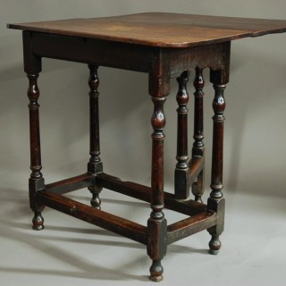 Extremely rare late 17th century oak & ash gateleg side table of small proportions