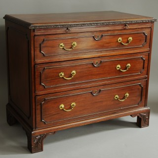 Late 19th century mahogany chest of drawers