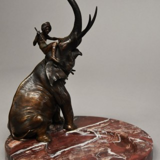 Superb quality late 19thc bronze elephant on marble base by Franz Bergman