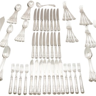 Sterling Silver Canteen of Cutlery for Eight Persons - Vintage (1970)