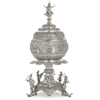 Large and impressive silver centrepiece vase from Burma