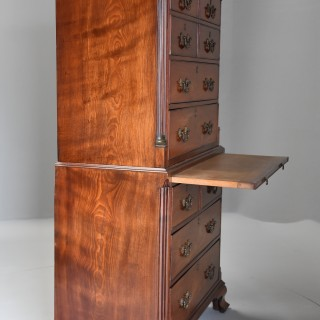Superb quality late 18th century mahogany chest on chest with unusual drawer configuration