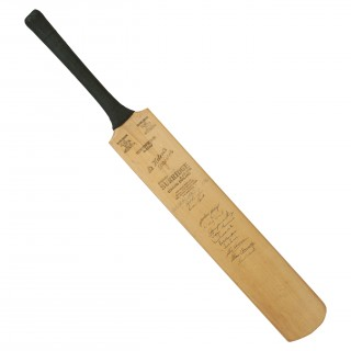 Signed Stuart Surridge Cricket Bat, Australia, Lancaster, Cambridge, Glamorgan & Sussex, 1964