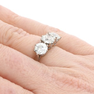 GIA Certified 3.09 ct Diamond and Platinum Trilogy Ring - Antique and Contemporary