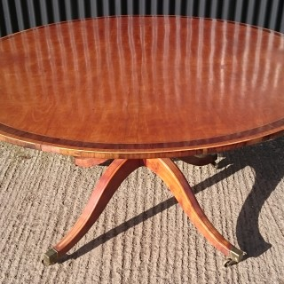 18th Century Centre Table / Breakfast Table