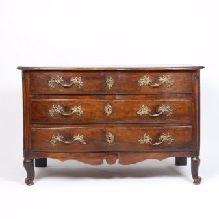 18th Century Walnut Commode