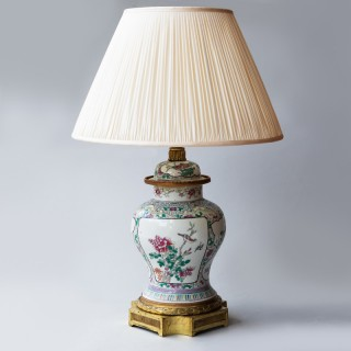FAMILLE ROSE PORCELAIN VASE CONVERTED TO A LAMP