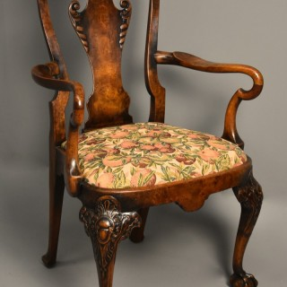 Early 20th century walnut open armchair in the Queen Anne style of fine patina