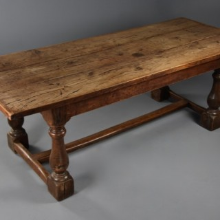 Superb late 19th century Arts & Crafts oak refectory table with fine faded patina