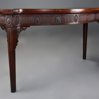 19th century mahogany serpentine shaped serving table in the Adam style of fine patina