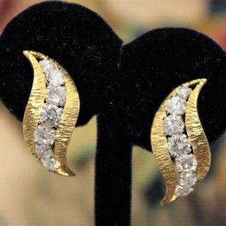 A very fine pair of 18 carat Yellow Gold  (marked) & Diamond Earrings, Circa 1980s
