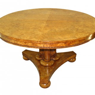 English William IV Burr Elm 19th Century Centre Table