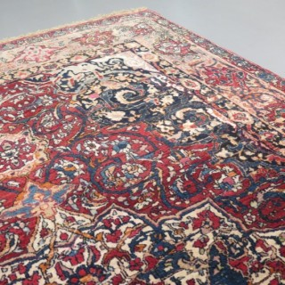 Early fine Isfahan rug