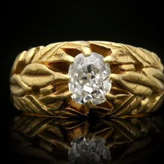 Art Nouveau carved diamond solitaire ring, circa 1890.
